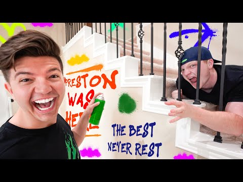 10 Ways to Prank Unspeakable's House! *funny*