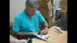 Dale Murphy Signs Autographs For The SI KING 8-18-13