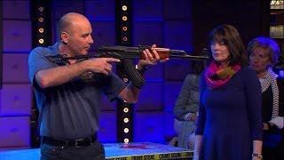 Gambar cover Wat te doen bij een aanslag? - RTL LATE NIGHT