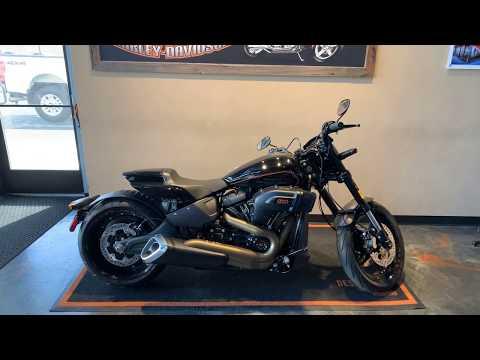 2019 Harley-Davidson Softail FXDR™ 114 at Vandervest Harley-Davidson, Green Bay, WI 54303