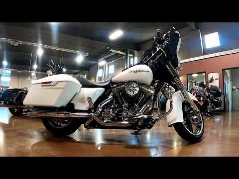 2016 Harley-Davidson Street Glide® in Mauston, Wisconsin - Video 1
