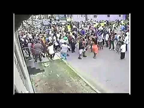 В Новом Орлеане одного из стрелков засняли камеры наблюдения