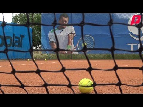 Czy w Częstochowie warto grać w tenisa?