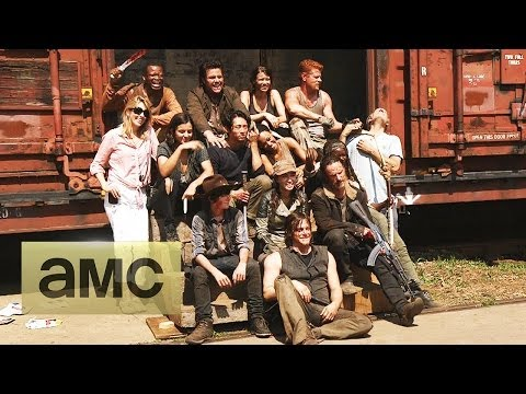 The Walking Dead Season 5 (Greeting from Set)