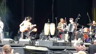 Gogol Bordello - Pověste ho vejš - Michal Tučný cover - Prague City Festival 2011