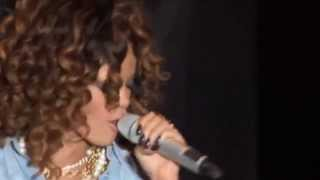 Rihanna   Umbrella Live V Festival 2011   HD