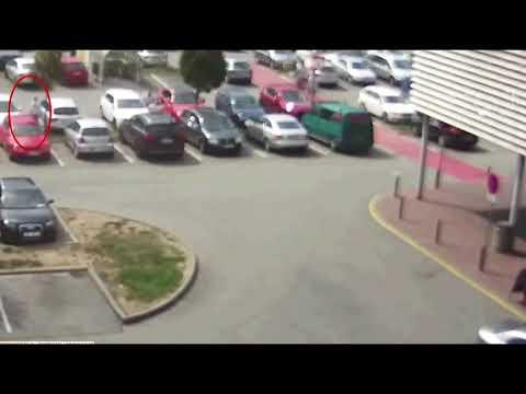 Policie ČR: Dopadli jsme ženu, která poškrábala auta.