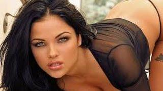 Beautiful big breasted nude women