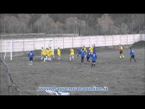 Preview video Video calcio Laurenzana-Caro Et Vellus 3-3 Seconda Categoria B 5 giornata Laurenzana 22 novembre 2015