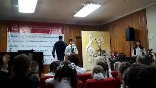 2.10.2018.  Я ВИДЕЛ РОЗУ, исполняет Максим Монахов