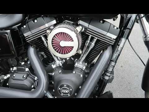 2017 Harley-Davidson Dyna Street Bob in Sanford, Florida - Video 1