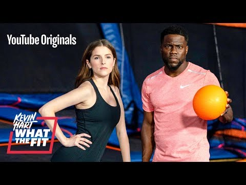 Trampoline Dodgeball with Anna Kendrick and Kevin Hart (видео)