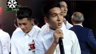 Khi các cầu thủ U23 Việt Nam bóc mẽ nhau không thuong tiếc khiến ai cũng phải bật cười