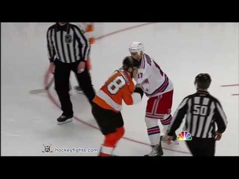 Mike Richards vs Brandon Dubinsky