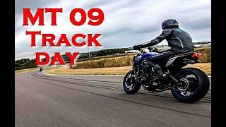 MT 09 on track: Le circuit de Vaison