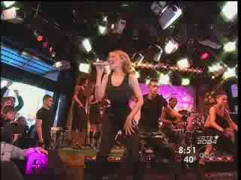 Can't Get You Out Of My Head(Live On Good Morning America) - Kylie Minogue [HQ]