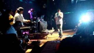 Drake - Freestyle/Say Whats Real (LIVE) (HQ)