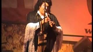 SAVIA ANDINA  Danza del Sikuri Bolivia  concierto en Peru