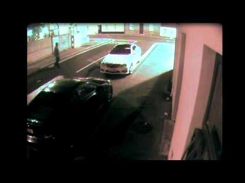 World's stupidest car thief