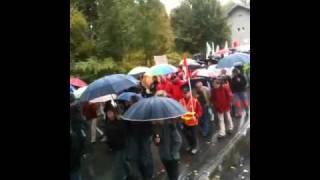 preview picture of video 'Manifestation contre le projet de loi des retraites Bonneville le 16/10/2010.'