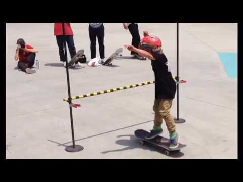 Skateboarding clips of 8yr old Johnny Hill from 2016