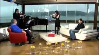 Şeffaf Oda Ebru Gündeş   Beyaz  6 3 2011