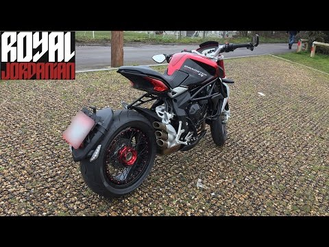 MV Agusta Brutale Dragster 800 RR, walk around, start and short ride