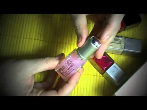 El hongo de las uñas y entre los dedos que curar