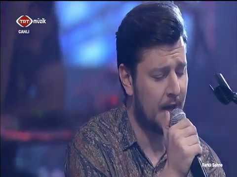 Mustafa Ceceli & Sinan Akçıl & Ekin Uzunlar - Simsiyah & Son Bir Kez