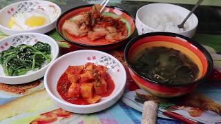 Корейский суп на день рождения который есть даже БТС Miyeokguk Seaweed soup with beef 미역국