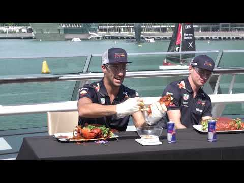 Funny smash 'n' crab for Daniel and Max ahead of Singapore GP race