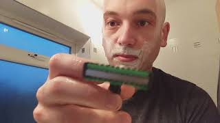 Extreme 3 razor review, face and head shave