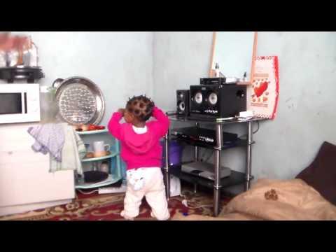 FUN WITH FAFI - Baby Fafi dancing to Zodzo on Yadah TV