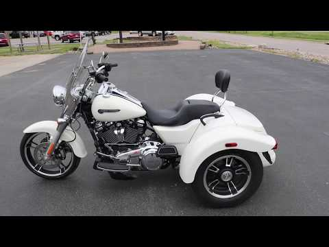 2019 Harley-Davidson Freewheeler® in Carroll, Iowa - Video 1