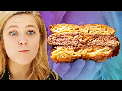 Is This Instagram Famous Mac 'N' Cheese Burger Tasty?