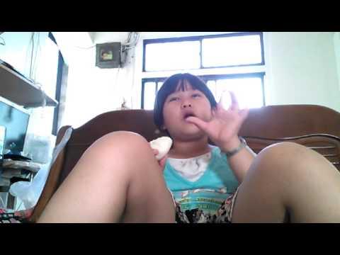 有一位小女孩在直播 [2:05x720p]/title/有一位小女孩在直播