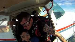 preview picture of video 'Kim Skydiving in Goulburn'