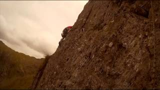 Trad multi-pitch climb up Corvus