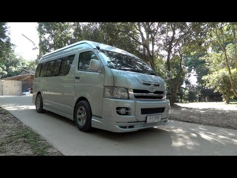 2006 Toyota Commuter D-4D Start-Up and Full Vehicle Tour