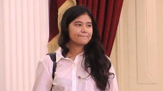 Putri Jokowi Ikut Tes CPNS - Hot Shot 24 Oktober 2014
