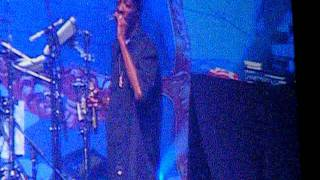 Snoop Dogg (LIVE) @ O2 07.10.11 - Small Chronic Break