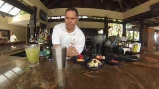 preview picture of video 'St Regis Bahía Beach - Mixology series'