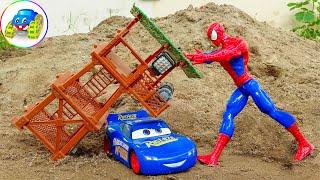 Spider Man Helping Racing Car Lightning Mcqueen - Toys for Kids | Kid Studio