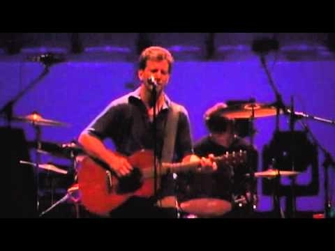 Pearl Jam Live at The Garden 21 - Thumbing my way (High Quality)