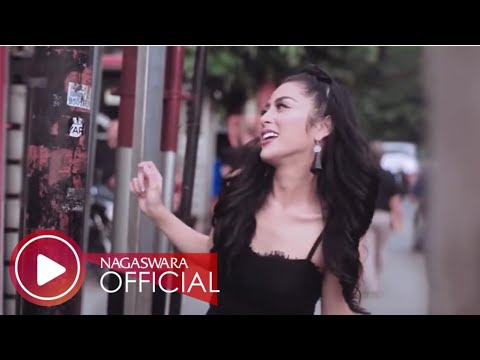 Selvi Kitty - Cintaku Sekuat Tiang Listrik (Official Music Video NAGASWARA) #music Mp3