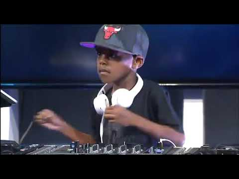 DJ Arc Jnr Live On SABC Kids News Using Djay Pro (6yrs old)