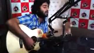 Milne Hai Mujhse Aayi Live Unplugged By Arijit Singh