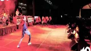 Chris Brown-Bomb ft.Wiz Khalifa (Dance Video)