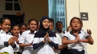 Les élèves chantent Noël