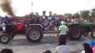 tractor tochan arjun vs john deere